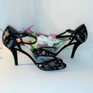 STUART WEITZMAN Floral Embroidered Mesh Shoes